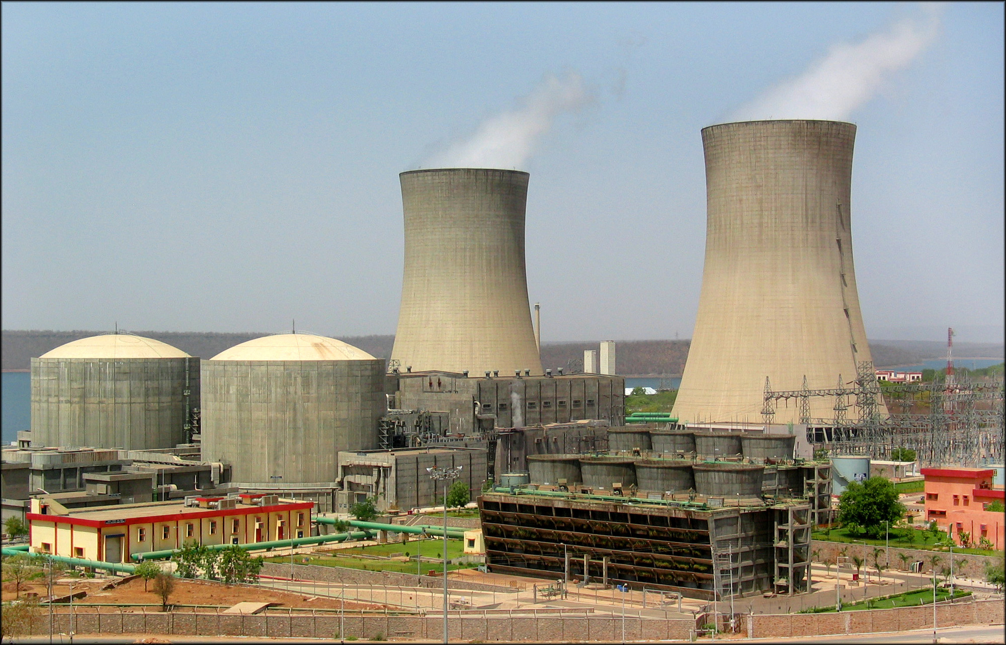 essay on nuclear power plants in india In the 1950s, india's nuclear planners drew up a three-stage plan for nuclear power development stage one was to consist of operating power plants using indian.